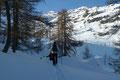 … bevor man schlussendlich die freie, buckelige Anhöhe zwischen Spitzekögerl und dem Rauhkogel erreichte. Zum ersten Male rückte jetzt auch der Gipfel des im Winter beliebten Weißhorn (1755m) ins Blickfeld.