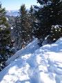 Nun war aber wieder Vorsicht angebracht, denn der abschüssige schneebedeckte Grat musste zum zweiten Male überquert werden.