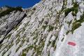 Für einen Wanderer mit etwas Klettergeschick und Bergerfahrung stellt es jedoch keinerlei größere Probleme dar. Trittsicherheit und Schwindelfreiheit sind aber dennoch von Nöten!