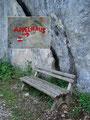 Ein sehr bekanntes Rastbankerl das sehr gerne von Wanderern im Aufstieg genutzt wird.