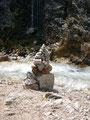Am Wasserfall warteten Steintauben(auf steirisch) auf den Besucher.