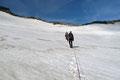 Zur Schneewinkelscharte hin flachte der Gletscher dann wiederum etwas ab … und somit auch das Gekeuche.