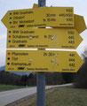 Sonntag, 27.12.2009, nachmittags ca 12.30 Uhr, Ortschaft Steinbach am Ziehberg, Parkplatz beim Graßnerkreuz. Unsere letzte gemeinsame Bergtour 2009. Das Ziel: Ein Tipp von Sabine, der Schabenreithnerstein in 1143m Seehöhe.