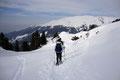 """Anschließend verfolgten wir den """"Bamberger – Winterweg"""" zurück über den schneebedeckten Almboden und …"""