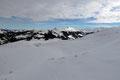 Immer wieder von neuem ließ ich meinen Blick über die gegenüberliegenden Gipfel schweifen. Da war ich doch auch schon oben? Ja genau, der Steinbergstein (Bildmitte).