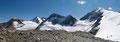 Das imposante Dreigestirn: Similaun (3599m), Marzellspitze (3500m) & Hintere Schwärze (Cime Nere, 3624m) strahlte mit dem azurblauen Himmel förmlich um die Wette.