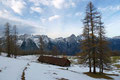 Weiter ging's im Eilzugstempo zurück zur Bärenalm. Bei einer erneuten kurzen Rastpause wurde die Hütte aufs Genaueste inspiziert.