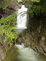 Man konnte hinsehen wo man wollte, überall nur traumhaft schöne Natur, wie dieser Wasserfall.
