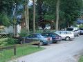 Wie fast immer bei unseren Bergtouren, waren wir auch diesesmal sehr zeitig unterwegs. Unser heutiges Abenteuer auf den Erlakogel startete in Ebensee, Ortsteil Rindbach, beim Parkplatz einer Jugendherberge.