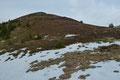 Enzianboden? Doch anstatt dem BLAU der Enziane sah ich jedenfalls nur das letzte aufflackernde Herbstrot und … einen schätzungsweise 200m steiler ansteigenden Anstieg zum Hinkareck empor. Also nahm ich meine Füße in die Hand.