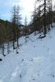 …. südöstlich zur 100m höher liegenden Türkenkarscharte. Aufgrund der vielen Quellen und der warmen Temperaturen erhöhte sich auch der Matschanteil in diesem Streckenabschnitt. Platsch!!!
