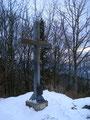 Das eiserne Gipfelkreuz des 1095m hohen Hirschwaldstein.