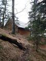…schon war die auf 1017m Seehöhe gelegene Schneiderbergerhütte in Sicht.