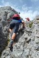 Die allerletzten Meter hinauf zum kleinen Gipfelplateau. Angela erreichte dieses als Erste, danach folgten ich, Rudolf und Margit.