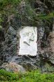 """Dieses wunderschöne """"Felsengemälde"""" erzählt von einem Mann namens """"Julius Payer"""", dem Namensgeber selbiger Hütte, die ca.500 Höhenmeter oberhalb der """"Tabarettahütte"""" liegt und als Ausgangspunkt für die Besteigung des """"Ortlers (3905m)"""" dient."""