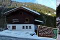 Nach einer mehrstündigen Autofahrt bezogen wir freitagabends erst einmal die Zimmer unserer Ausgangsdestination Gasthof Wegscheid im Brixental. Bei anschließendem gemütlichem Beisammensein verwöhnte uns der Wirt mit hausgemachten Tiroler Schmankerl.