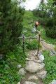 """… nach diesem Drehkreuz den letzten höchsten Wegepunkt für heute, das """"Törleck (1618m)"""". Von nun an sollte es wirklich nur mehr bergab gehen."""