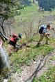 Kleine und ziemlich steil angelegte Serpentinen brachten uns und unseren Pulsschlag rasch höher.