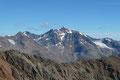 Doch bevor wir die letzte Hürde in Angriff nahmen, galt unsere Bewunderung der jetzt ins Blickfeld gerückten Wildspitze (3774m), den zweit höchsten Gipfel Österreichs. Zwei Jahre zuvor konnte ich von dessen Gipfel herüberwinken.