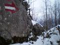 Wieder einmal eine gelungene Aufnahme von Sabine. Sie zeigen den Aufstiegsweg zwischen den Felsblöcken hindurch.