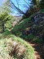 … marschierten zügig über einige kleine unproblematischen Felsstufen weiter. Mittlerweile konnten wir auch die ersten wärmenden Sonnenstrahlen des Tages genießen.