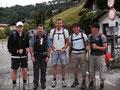 Wir wurden auf dieser Tour von unseren Freunden Harald, Andreas und Thomas begleitet. Für zwei von uns fünf wurde es schon sehr bald ein hartes Stück Arbeit.