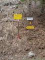 ... ging es talwärts. Dieses Schild hatte ich noch von unserer Winterwanderung in Erinnerung. Es war kaum zu sehen gewesen!