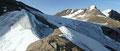 Nach einem kurzen Aufschwung eröffnete sich rechts auf 3250m Seehöhe das Kaindlkees mit Blick zum Hinteren Bratschenkopf. Entweder folgt man dem deutlich aufsteilenden Grat oder harmloser halbrechts, leicht ansteigend am Rande des Gletschers zum …