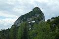 Noch einmal zog der erst kürzlich erwanderte Hechlstein-Gipfel unsere Blicke an sich. Von dieser Position aus konnte man den Normalweg über den Ostgrat sehr gut nachverfolgen.