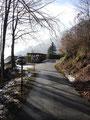 Ich folgte dem Verlauf der Forststraße bergauf ...