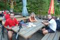 … sogleich das Weichtalhaus im Eilzugstempo erreicht. Gemütlich ließen wir bei Speis und einem Krügerl!!! den heutigen Tag ausklingen. Fazit: Eine tolle Tour durch die Weichtalklamm, auf den höchsten Gipfel Niederösterreichs! Lg. Gudrun, Franz, Rick & i