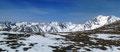Wahnsinn diese tolle Aussicht! Ein 2000er um den anderen ragt in den Himmel empor. Hornfeldspitze, Aarfeldspitz, Narrenspitze, Ameiskopf, Eisenhut und Karleck, um nur einige zu nennen.
