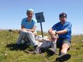 Sabine und ich beim Fotoshooting am Gipfel des Wildgößl.