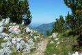 … in einem ewigen bergauf und bergab über den aussichtsreichen Plateauweg.