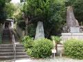 荒神社と妻鹿城址の碑、29年8月再撮影