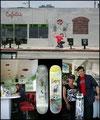 Santa Monika, Los Angeles: Besuch und neue Skateboard Deck-Grafik Vorstellung im Cafe 50. Best Breakfast in Santa Monika.