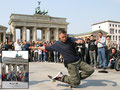Germany. Berlin, Show am Brandenburger Tor.
