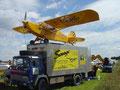 Flugzeuglandung auf einem fahrenden LKW in Tannheim