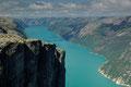 Kjeragwand und Lysefjord I (1100m über dem Meer) / Kjeragveggen og Lysefjorden I (1100m o.h.)