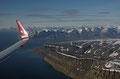 Flybilde fra Svalbard, rett sør for Longyearbyen (Platåberget) / Luftbild von Spitzbergen, direkt südlich von Longyearbyen (Plateauberg)