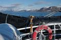 Longyearbyen fra båten / Longyearbyen vom Boot aus gesehen