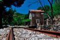 Alter Bahnhof mit der Schmalspurbahn kurz nach Seui