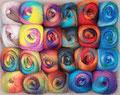 Hjerte Kunstgarn - schöne lange Farbverläufe, nicht nur für Socken, sondern auch für Lacetücher, leichte Schals, Pulswärmer etc., 75% Schurwolle (superwash) und 25% Nylon, Lauflänge 420m/100g, Schonwaschgang bis 40°