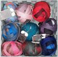 Schoppel Wolle Lace Ball + 100 - Traumhaftes Lacegarn mit langen Farbübergängen, 75% Schurwolle (superwash) und 25% Polyamid, bzw. bei Lace Ball 100 100% Schurwolle (Merino medium superwash), Lauflänge 400m/100g, Schonwaschgang bis 30°