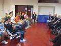 Egon Jüttner in der Diskussion mit den Schülern der Deutschen Internationalen Schule in Sydney