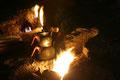 teekochen auf dem feuer