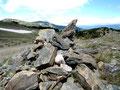 cairn au retour des Camporells -Sierra de Mauri (Capcir/Pyrénées orientales) Ingrid Sparbier, guide du Pays Cathare