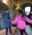 C'est la fiesta! Visite en musique, Ingrid Sparbier, conférencière au château comtal de Carcassonne