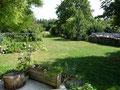 Chambres d'hôtes Les Noisetiers dans le Val de Noye : le jardin