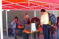 Der Grillwurst-Stand ist vor allem zu Mittag gut besucht